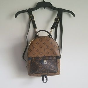 Gorgeous Louis Vuitton mini bag pack
